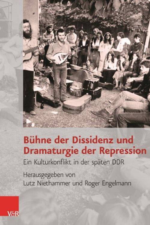Bühne der Dissidenz und Dramaturgie der Repression cover