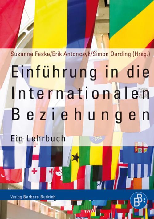 Einführung in die Internationalen Beziehungen cover