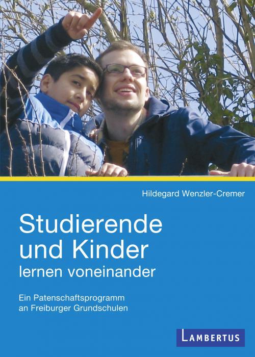 Studierende und Kinder lernen voneinander cover