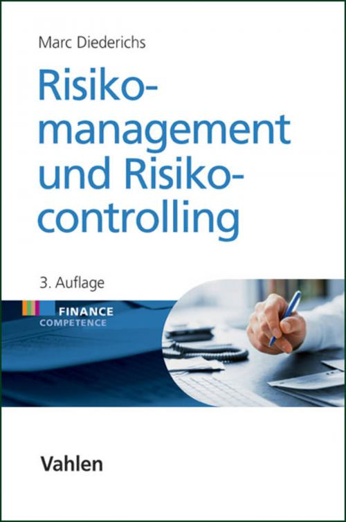 Risikomanagement und Risikocontrolling cover